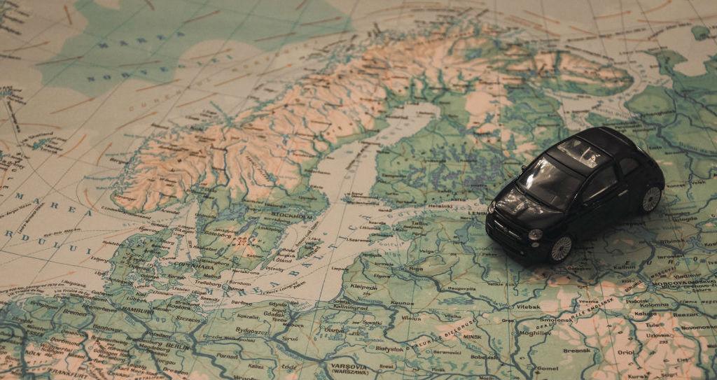 Why every travel agency needs a custom website design?